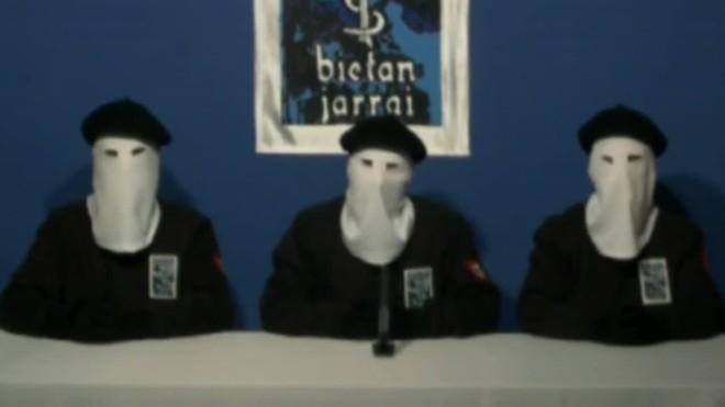 Lorganització terrorista ETA anunciarà la seva dissolució el 5 de maig en un acte que se celebrarà a Baiona.