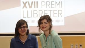 Francesa Sanna y Alicia Kopf, ganadoras del Llibreter.