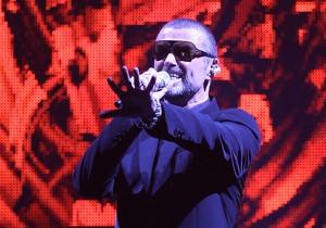 George Michael, durante un concierto de su gira Symphonica, en Niza en 2011.