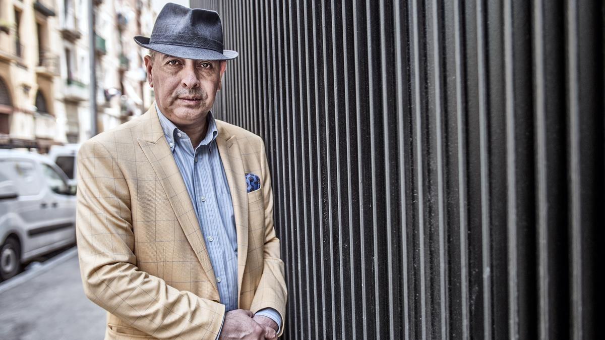 Jorge Eduardo Benavides, durante su reciente visita a Barcelona para presentar 'El asesinato de Laura Olivo'.