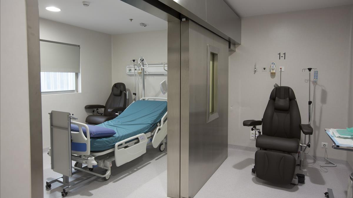 Nueva unidad de terapia de medicina nuclear en el Hospital Vall dHebron.