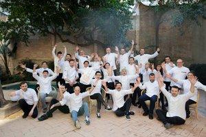 Los chefs participantes en el festival Passeig de Gourmets.