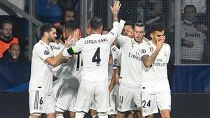Los jugadores del Real Madrid celebrando uno de los goles