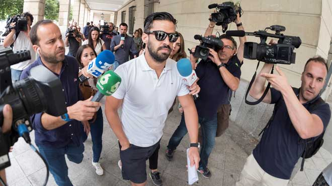 """El tribunal de 'La manada' requereix que se l'informi """"immediatament"""" sobre Guerrero"""