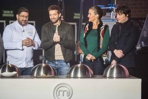 Los aspirantes de 'Masterchef' cocinarán esta noche para Pablo Alborán y su equipo