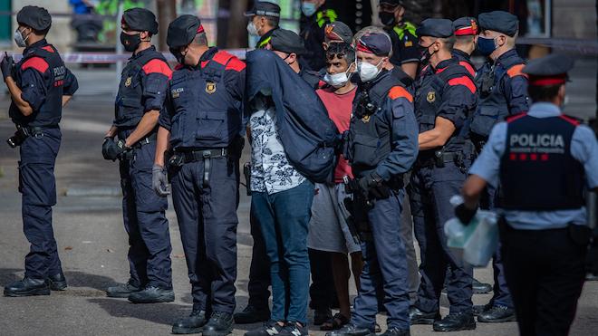 Nueva macrooperación contra pisos de la droga del centro de Barcelona.