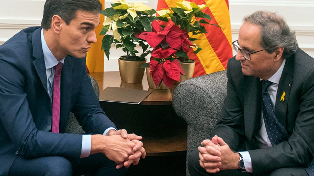 Pedro Sánchez y Quim Torra, durante la reunión en el Palau de Pedralbes el 20 de diciembre del 2018.