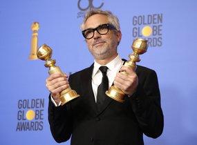 La película Roma de Alfonso Cuarón se ha llevado el premio al mejor filme extranjero y además el cineastamexicanoha ganado el galardón comomejor director.