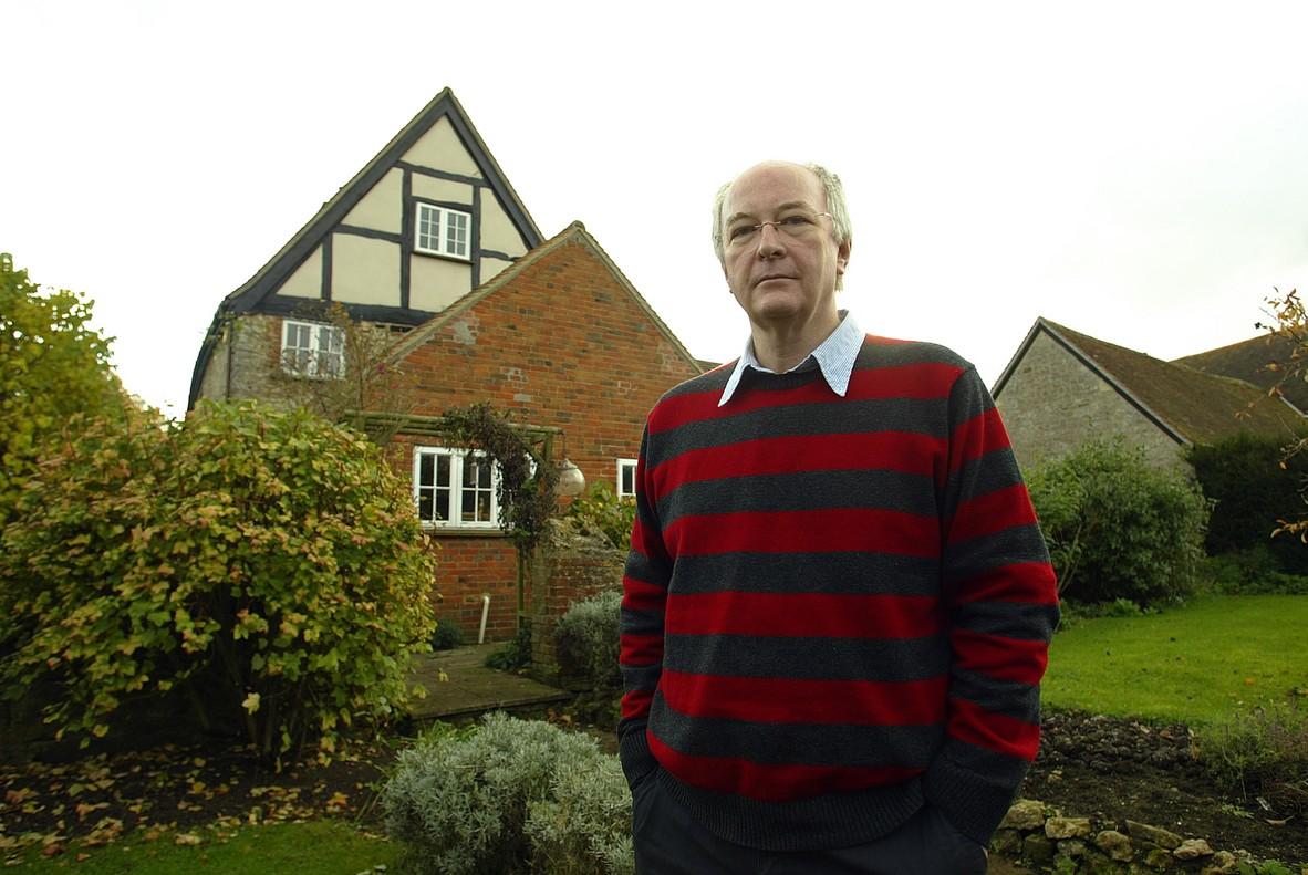 Philip Pullman, en su casa de Oxford (2007)