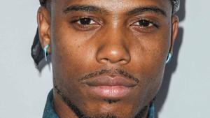 El rapero B.o.B recoge dinero para demostrar que la Tierra es plana.