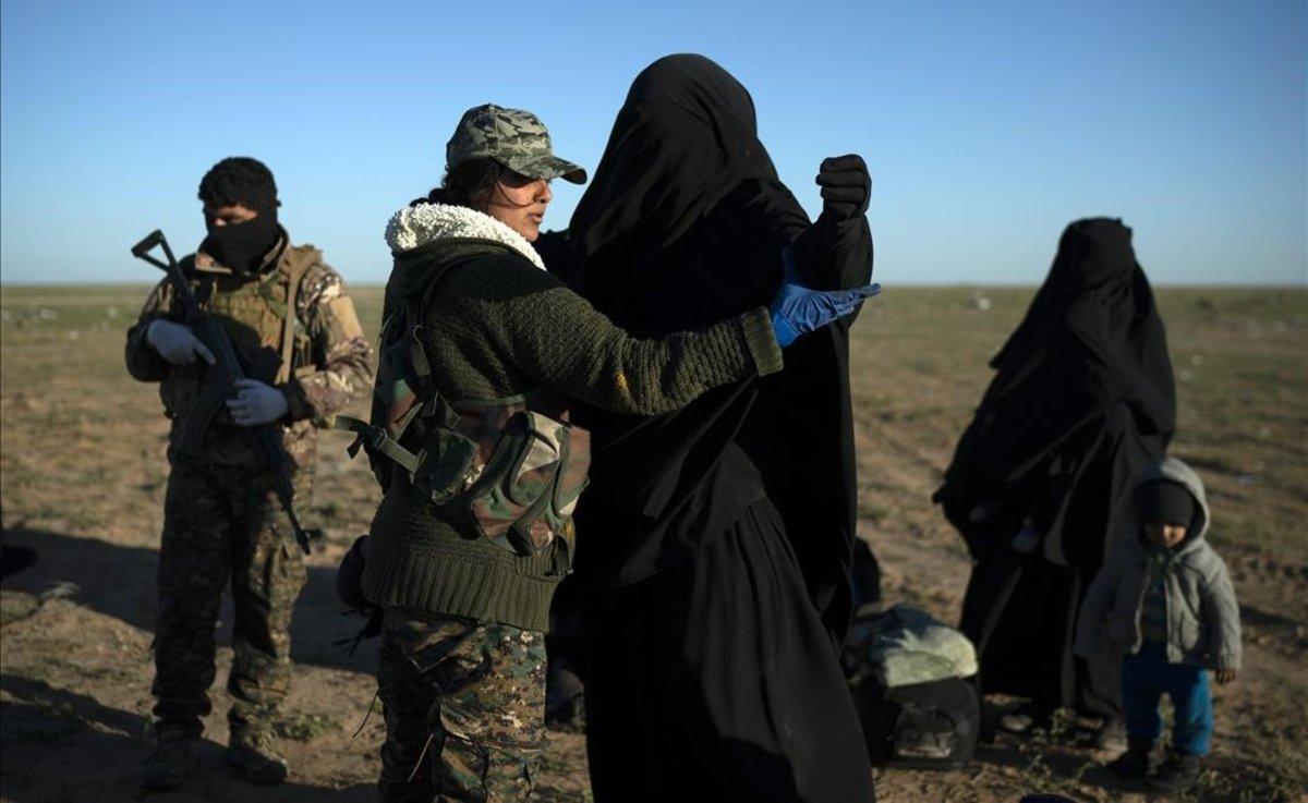 Repatriadas dos mujeres estadounidenses vinculadas al Estado Islámico.