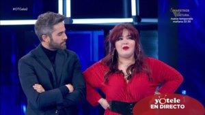 Roberto Leal con Ariadna después de comunicarle la decisión de la audiencia de 'OT 2020'.