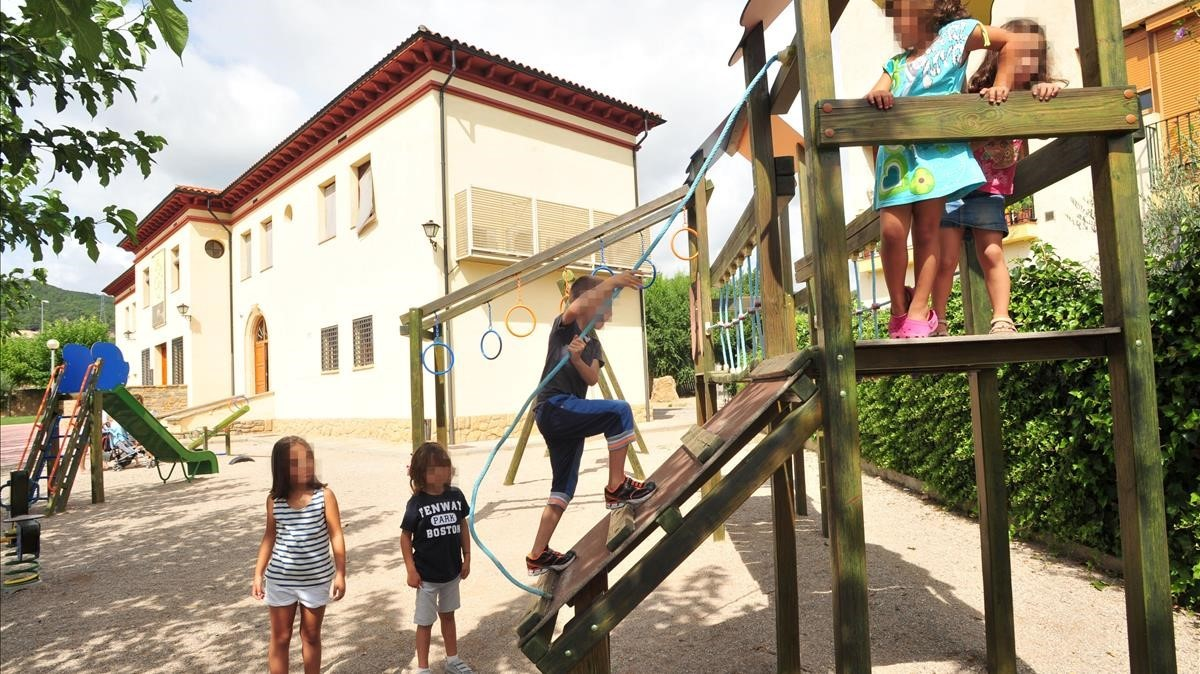 Salàs de Pallars reabrió su escuela en el 2015, tras 16 años sin niños.