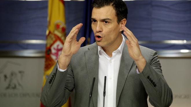 """Sánchez acusa a Iglesias de no """"querer"""" un acuerdo y favorecer al PP"""