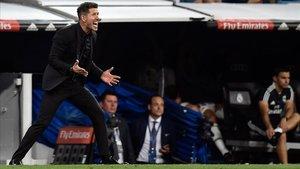 Simeone se queja de una acción en el derbi con el Madrid en el Bernabéu.
