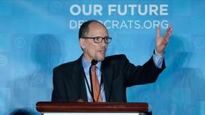 Tom Perez se dirige al Comité Nacional Demócrata, este sábado en Atlanta.