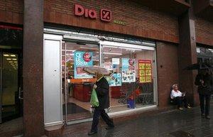 Una tienda de la marca Dia.