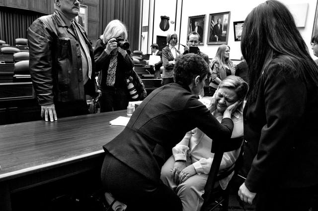 Premio Canon a la Mujer Fotoperiodista 2013 otorgado por la AFJ. La lucha contra los abusos sexuales en el ejército norteamericano.