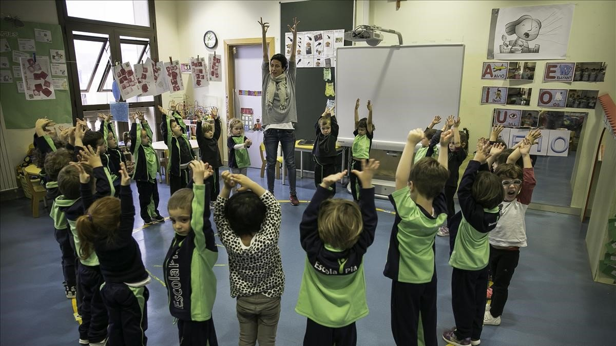 Els pares d'alumnes denuncien tracte de favor a l'escola concertada