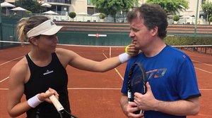 Paula Badosa, con su entrenador, Xavier Budó.