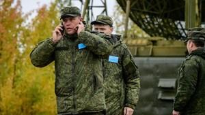 Moscou i Pequín exhibeixen la seva aliança en unes grans maniobres militars russes