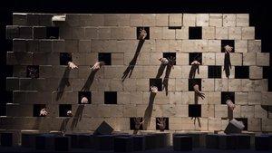 Un momento de 'Mur', de la compañía Cia³.