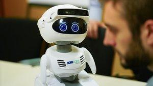 Un robot ajudarà les persones grans que viuen soles