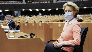 La comisaria europea Ursula Von der Leyen, en la sesión parlamentaria del 17 de junio.
