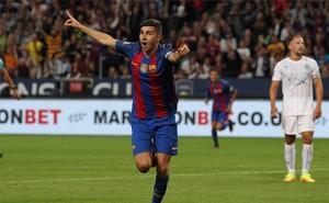 Mujica celebra su primer gol con el Barça, anotado frente al Leicester.