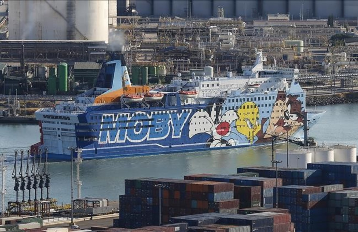 zentauroepp40226557 barcelona 20 septiembre 2017 llegada al port de barcelo170922194211