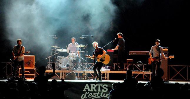 El grupo catalán Mishima en una actuación en el ARTS dEstiu Costa Barcelona.