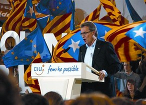 Artur Mas, ayer, en un momento de su intervención en el mitin celebrado por CiU en Vic.