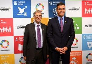 Bill Gates y Pedro Sánchez, en un acto de la Fundación Bill y Melinda Gates, el miércoles en Nueva York.