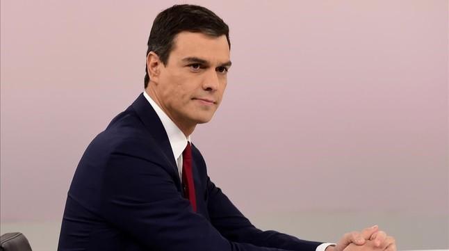 El candidato del PSOE a la presidencia del Gobierno, Pedro Sánchez, durante el debate con Mariano Rajoy.