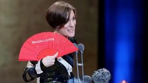 PREMIOS GOYA 2018. Carla Simón recibe el Goya a la mejor dirección novel por Estiu 1993.