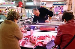 Carnicería Casas, del mercado del Clot, que abastece a negocios de hostelería.