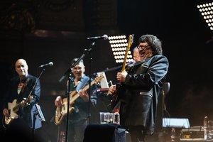 Pep Sala y su banda, durante el concierto Sau30.