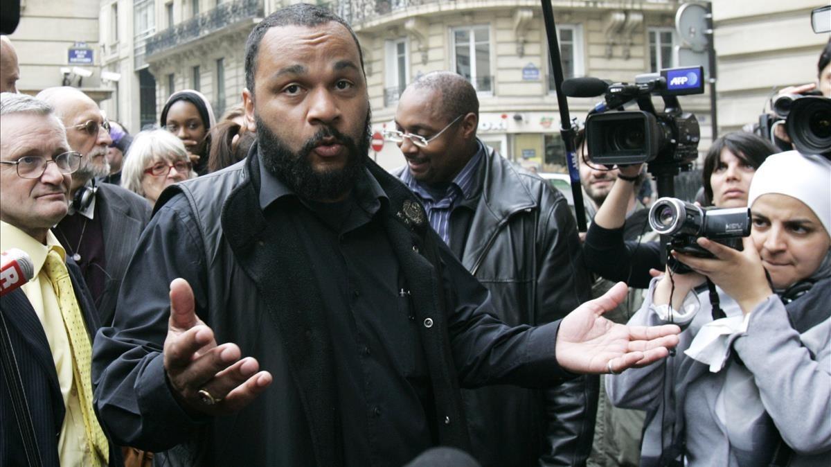 Dieudonné M'Bala M'Bala, en declaraciones a la prensa, en una imagen de archivo, en el 2009.