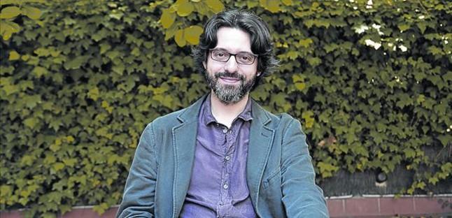 El escritor hispanoargentino Andrés Neuman, el martes, en la librería La Central de Mallorca de Barcelona.