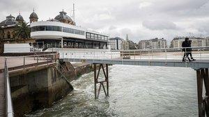 Exterior de la discoteca de San Sebastián donde este viernes fue agredidobrutalmente un joven de 17 años, que quedó en muerte cerebral, y que ha fallecido este domingo.