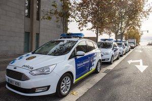 Denunciades dues persones per conduir per Terrassa sense tenir carnet