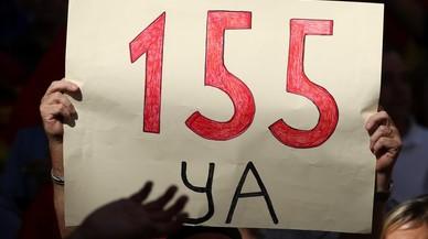 Un manifestante pidiendo la aplicación delartículo 155