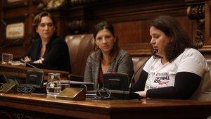 Anna Romagosa, en la mesa presidencial del pleno del ayuntamiento.