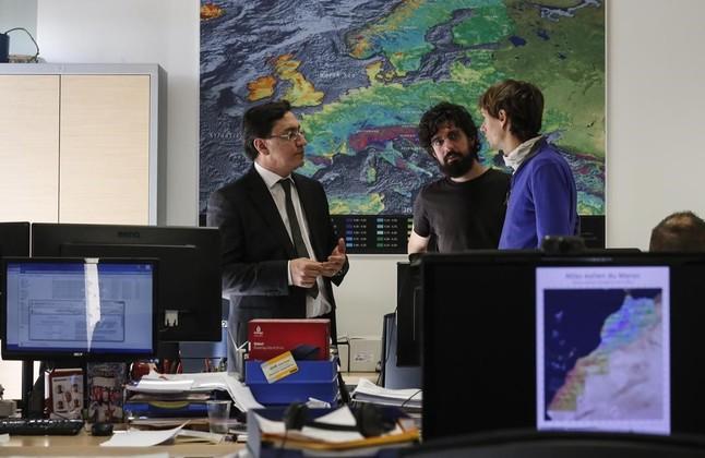 Mapa eólico que forma parte de un proyecto para Marruecos de AWS Truepower y al fondo de izquierda a derecha, José Vidal, Matteo Ranaboldo y Marc Mela.