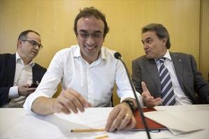 Jordi Turull, Josep Rull y Artur Mas, ayer, en la reuníón de la ejecutiva de Convergència.