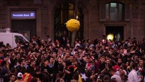 Manifestación contra la sentencia en los Jardinets de Gràcia de Barcelona, este jueves.
