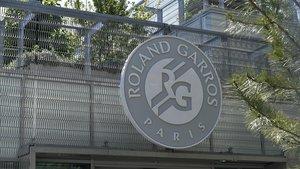 Cinc tennistes expulsats per coronavirus de la prèvia de Roland Garros