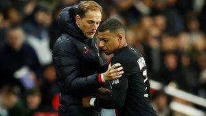 Mbappé se enfada con Tuchel tras ser sustituido cuando el PSG ganaba 5-0.