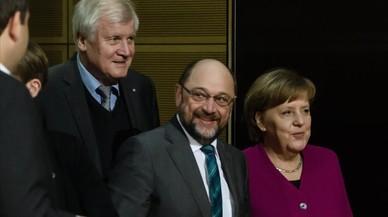 Merkel advierte que aún hay problemas para poder formar Gobierno