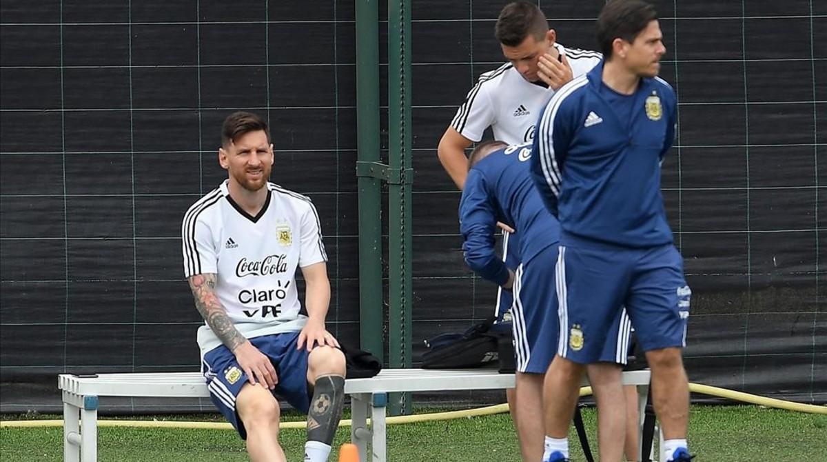 Messi, en la Ciutat Esportiva Joan Gamper, preparando el Mundial con Argentina.